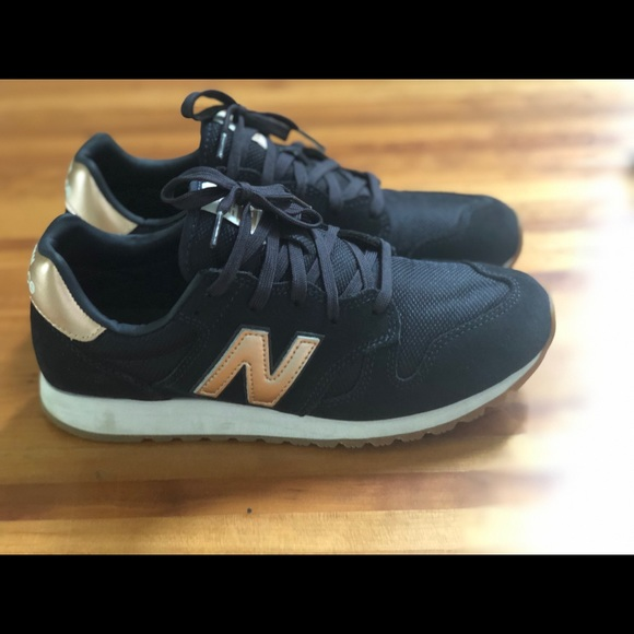 New Balance Shoes | 520 Navy Rose Gold